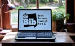 laptop-huiskamer-biblogo